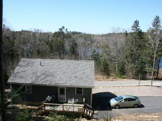 Newer home near everything AND the use of a lake - Boothbay Harbor vacation rentals