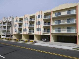 3br/2ba Ocean View - steps to beach,pool,boards - Wildwood Crest vacation rentals