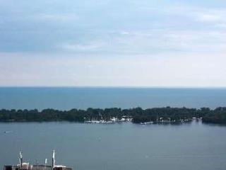 Harbourfront Luxury Condo w/parking included! - Toronto vacation rentals