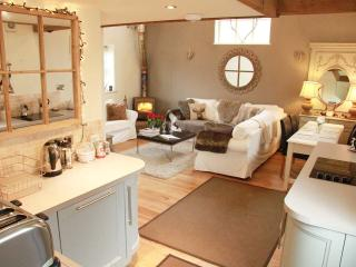 Old Parlour 5* Boutique Barn  - Winner of Best Place to Stay in Cheshire! - Malpas vacation rentals