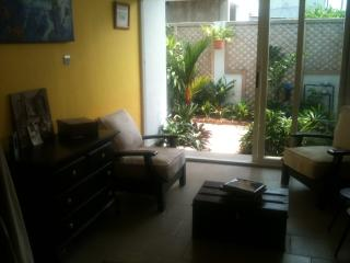 Lovely 1 bedroom Bed and Breakfast in Cotonou - Cotonou vacation rentals