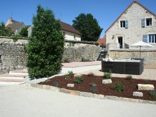 2 bedroom House with Internet Access in Meursault - Meursault vacation rentals