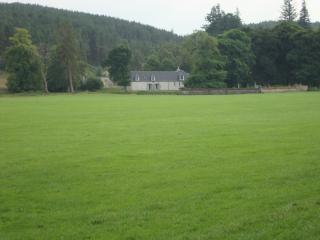 Spacious House with Internet Access and Central Heating - Glen Urquhart vacation rentals
