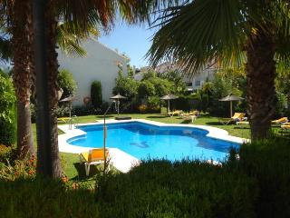 Stunning Townhouse Marbella close to Puerto Banus - Nueva Andalucia vacation rentals