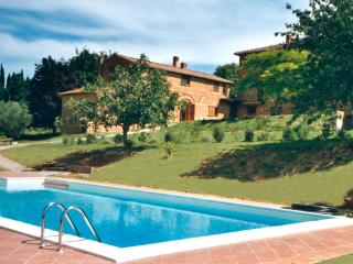 Beautiful 8 bedroom Manor house in Chiusi with A/C - Chiusi vacation rentals