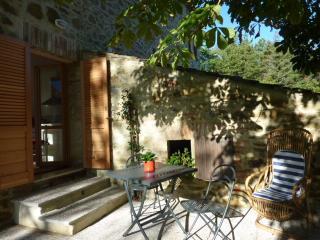 Beautiful 1 bedroom Apartment in Migliano - Migliano vacation rentals
