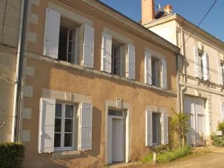 2 Bedroom Gite at La Grande Maison - Saumur vacation rentals