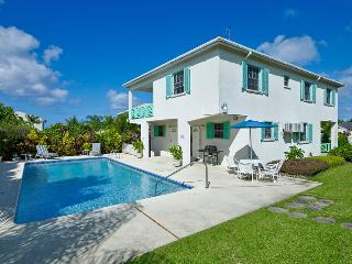 Nice Villa with Deck and Internet Access - Holetown vacation rentals