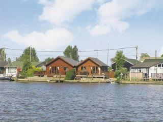 Cozy 2 bedroom House in Surlingham - Surlingham vacation rentals