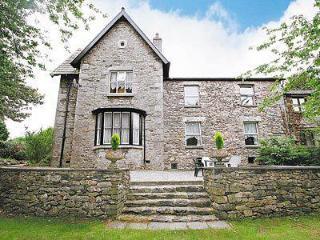 Bright 6 bedroom House in Kents Bank - Kents Bank vacation rentals