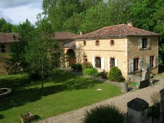 Coach House at Seguinet - Fumel vacation rentals