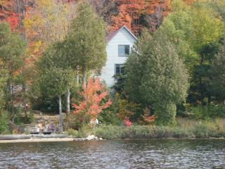 On the waterfront of Four Mile Lake North Bay - North Bay vacation rentals