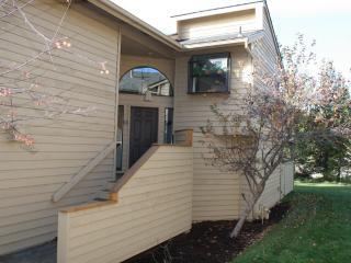 Fairway Village 17 - Sunriver vacation rentals