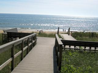 Lake Michigan Association - Pentwater vacation rentals