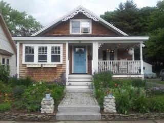1924 Charming Bungalow in beautiful Seacoast NH! - Portsmouth vacation rentals