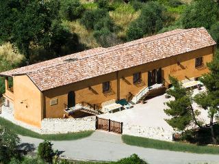 AnticaiaQuerciaSalerno/Paestum - Castelluccio Cosentino vacation rentals