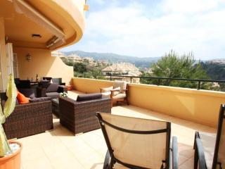 Perfect Condo with Internet Access and A/C - Elviria vacation rentals