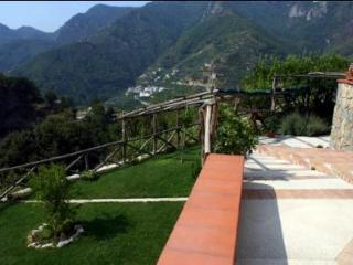 Cozy Studio with Internet Access and Satellite Or Cable TV - Tramonti vacation rentals