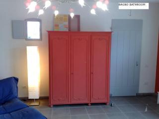Romantic 1 bedroom Altopascio Bed and Breakfast with Internet Access - Altopascio vacation rentals
