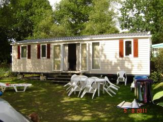 DOMAINE DE KERLANN Mobile Home Siblu Brittany 580 - Pont-Aven vacation rentals