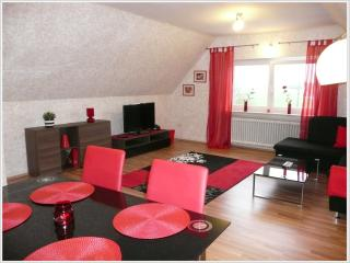 Cozy 2 bedroom Cochem Apartment with Internet Access - Cochem vacation rentals