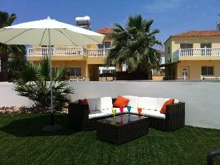 Perfect 3 bedroom Ayia Napa Villa with Internet Access - Ayia Napa vacation rentals