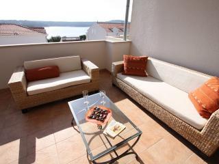 B8 - Cove Makarac (Milna) vacation rentals