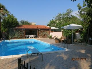 Nice 3 bedroom Torino di Sangro Resort with Internet Access - Torino di Sangro vacation rentals