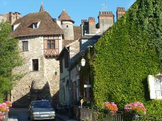 2 bedroom Cottage with Internet Access in Carennac - Carennac vacation rentals