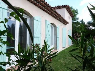 LABEAUFORTINE - Aix-en-Provence vacation rentals
