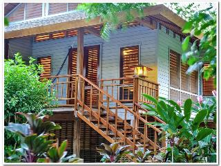 Abeja Bonita Sleeps 4-Your Pefect Diving Location! - Roatan vacation rentals