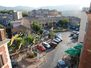 All'Ombra del Castello Castel Madama Tivoli - Castel Madama vacation rentals