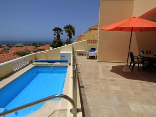 Bright 2 bedroom La Pared Villa with Internet Access - La Pared vacation rentals