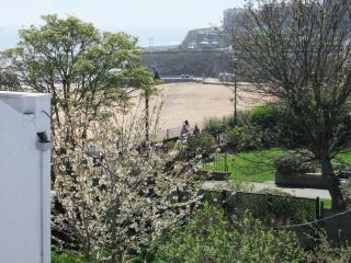 2 bedroom Apartment with Internet Access in Broadstairs - Broadstairs vacation rentals