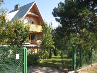 Wooden mountain house in undiscovered Pieniny NP - Zakopane vacation rentals