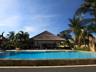 Villa Bunga Melati - Bali Holiday Villa - Dencarik vacation rentals