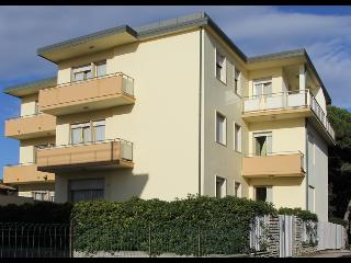 Apartment rental near the beach, perfect location for Tuscan summer holiday - Cecina vacation rentals