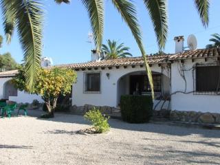 (MJ00066) Lovely 2 Bed Villa - Moraira vacation rentals