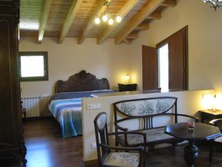 5 bedroom House with Internet Access in Alpens - Alpens vacation rentals