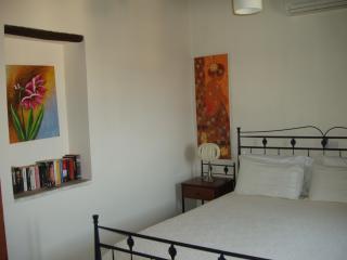Beautiful 4 bedroom Guest house in Tokhni - Tokhni vacation rentals