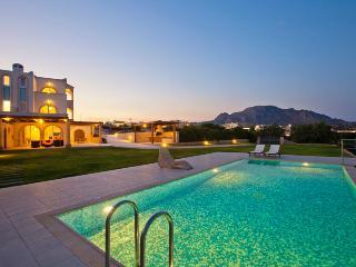 Antonoglou Beach Villas, Kiotari - Kiotari vacation rentals