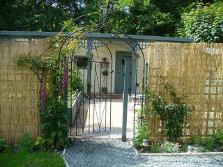 Romantic Chalet with Deck and Internet Access - Llanrhaeadr ym Mochnant vacation rentals