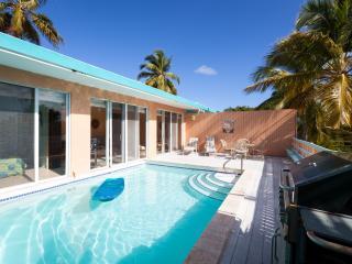 Romantic Villa - Private Pool - East End vacation rentals