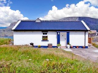 2 bedroom Cottage with Microwave in Glencolmcille - Glencolmcille vacation rentals