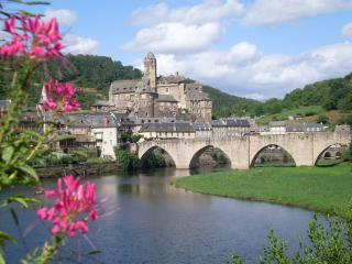 Lovely 2 bedroom Townhouse in Estaing - Estaing vacation rentals