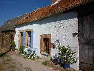 Cozy 2 bedroom Cottage in Indre with Internet Access - Indre vacation rentals