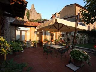 Magical Villa in Unspoiled Tuscan Village - Arezzo vacation rentals