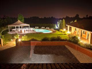 Comfortable Conegliano Farmhouse Barn rental with A/C - Conegliano vacation rentals