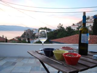 3 bedroom House with Dishwasher in Hydra - Hydra vacation rentals