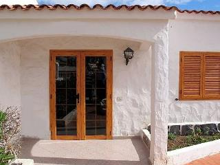 Los Arcos 83 - Playa del Ingles vacation rentals